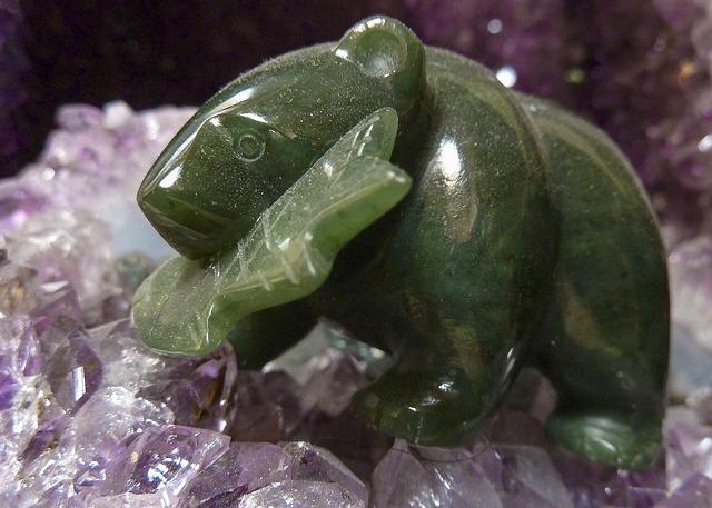 lucky jade bear